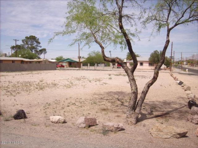 1726 S 8th Avenue A, B, C, Tucson, AZ 85713 (#21808193) :: My Home Group - Tucson