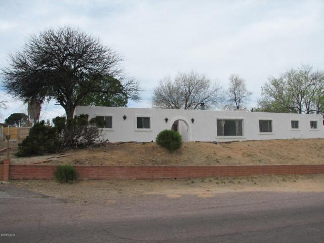 210 E Silverwood Lane, Benson, AZ 85602 (#21808515) :: My Home Group - Tucson