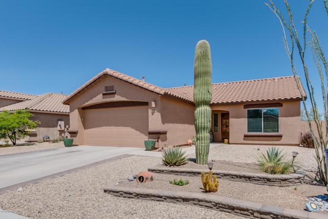 1660 N Rio La Junta, Green Valley, AZ 85614 (#21810717) :: The Josh Berkley Team