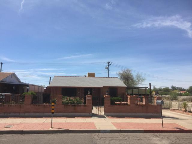1304 E 13Th Street, Tucson, AZ 85719 (#21811519) :: Long Realty Company
