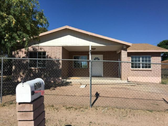6706 S Missiondale Road, Tucson, AZ 85756 (#21812027) :: The Josh Berkley Team