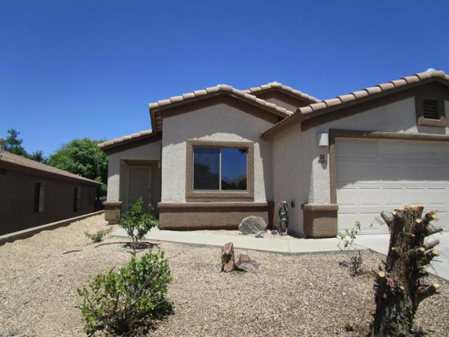8401 E Bowline Road, Tucson, AZ 85710 (#21812866) :: The Josh Berkley Team