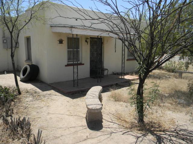 1303 W Niagara Street, Tucson, AZ 85745 (#21813701) :: RJ Homes Team