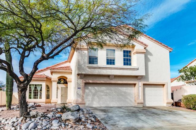 11915 N Deerclover Lane, Oro Valley, AZ 85737 (#21814227) :: Realty Executives Tucson Elite