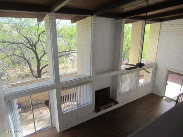 8717 E Old Spanish Terrace Drive, Tucson, AZ 85710 (#21814595) :: My Home Group - Tucson