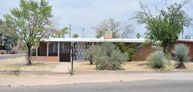 2866 N Walnut Avenue, Tucson, AZ 85712 (#21815951) :: Long Realty - The Vallee Gold Team