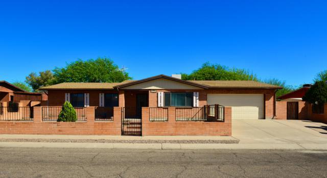5341 S Oakleaf Drive, Tucson, AZ 85746 (#21816490) :: The KMS Team