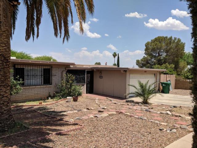 3000 W Vande Loo Street, Tucson, AZ 85746 (#21816582) :: The KMS Team