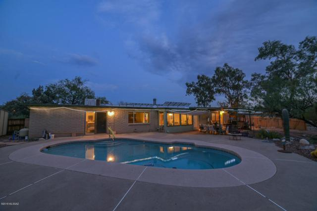9301 E Kayenta Drive, Tucson, AZ 85749 (#21816771) :: The Josh Berkley Team