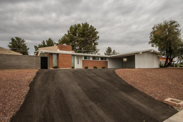 6962 E Princeton Drive, Tucson, AZ 85710 (#21817368) :: Long Realty Company