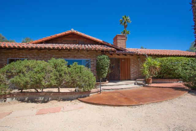 6890 N Casas Adobes Drive, Tucson, AZ 85704 (#21817859) :: Keller Williams
