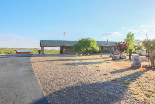 2490 W Beverly Circle, Oracle, AZ 85623 (#21818630) :: Long Realty Company
