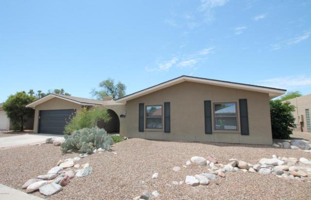 7400 E Rio Verde Drive, Tucson, AZ 85715 (#21818936) :: The Josh Berkley Team