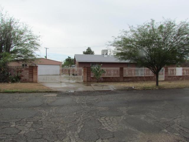 2200 S Palo Verde Avenue, Tucson, AZ 85713 (#21820085) :: The KMS Team