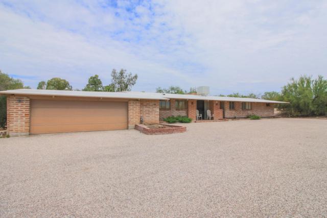 902 N Barbara Worth Drive, Tucson, AZ 85710 (#21822437) :: Long Realty Company