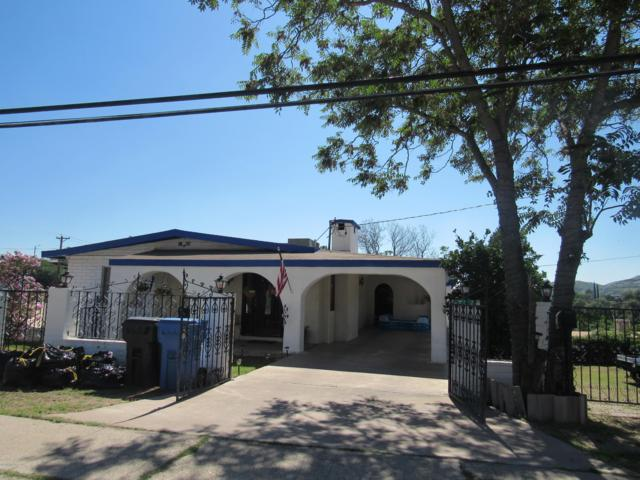 732 N Sonoita Avenue, Nogales, AZ 85621 (#21823216) :: Gateway Partners at Realty Executives Tucson Elite