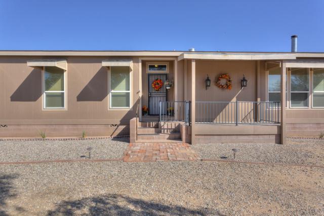 7045 N Hot Desert Trail, Tucson, AZ 85743 (#21825214) :: Long Realty - The Vallee Gold Team