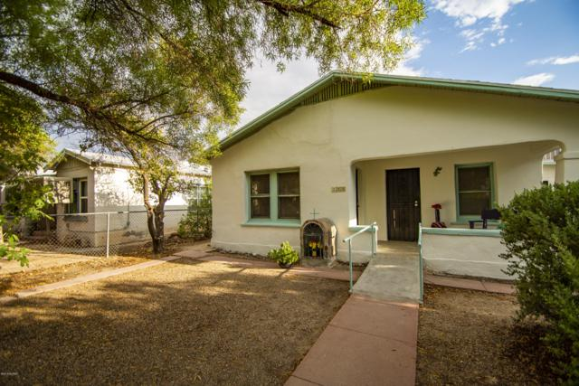 235 W 30Th Street, Tucson, AZ 85713 (#21825354) :: The Local Real Estate Group | Realty Executives