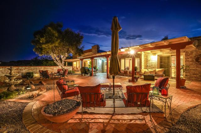 323 W Mission Twin Buttes Road, Green Valley, AZ 85622 (#21825446) :: eXp Realty