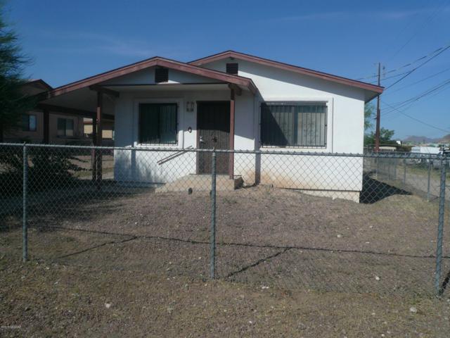 2120 S Park Avenue, Tucson, AZ 85713 (#21825624) :: The KMS Team
