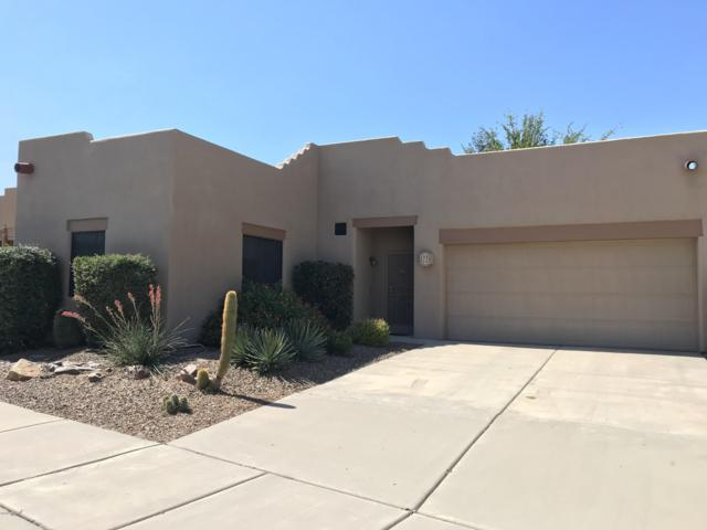 3726 S Avenida De Los Solmos, Green Valley, AZ 85614 (#21826209) :: Gateway Partners at Realty Executives Tucson Elite