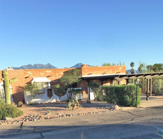 565 S Paseo La Ruida Circle, Green Valley, AZ 85614 (#21826790) :: The KMS Team