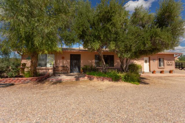 3002 W Gymkhana Way, Tucson, AZ 85742 (#21827362) :: Long Realty - The Vallee Gold Team