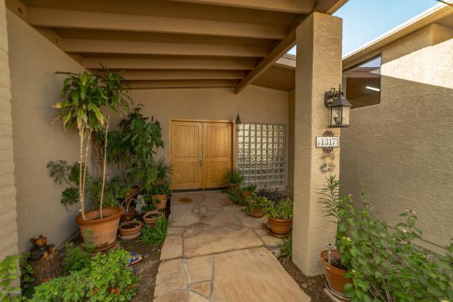 1317 N Bedford Place, Tucson, AZ 85715 (#21827421) :: The Josh Berkley Team