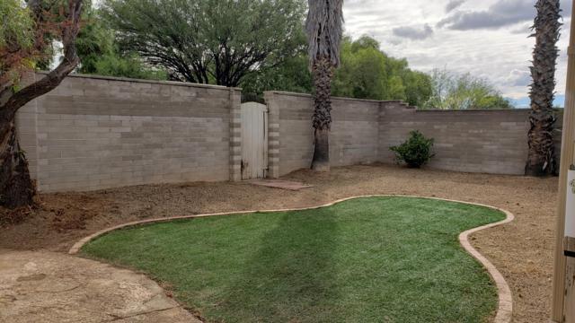 8832 E 7Th Street, Tucson, AZ 85710 (#21827642) :: The Josh Berkley Team