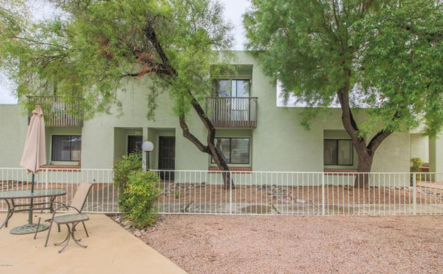 7829 N Calle De La Aldea, Tucson, AZ 85704 (#21827800) :: Keller Williams