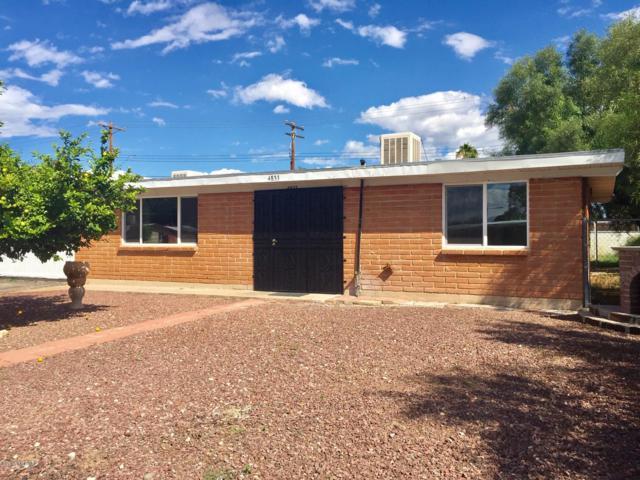 4833 S Mountain Avenue, Tucson, AZ 85714 (#21827963) :: RJ Homes Team