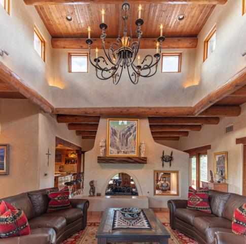 7115 W El Camino Del Cerro, Tucson, AZ 85745 (#21827979) :: RJ Homes Team