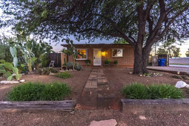 5802 E 1St Street, Tucson, AZ 85711 (#21828118) :: Long Realty - The Vallee Gold Team