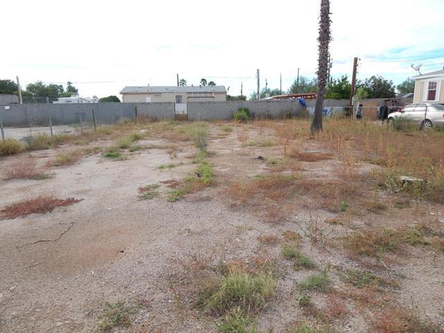 5742 S Jones Avenue #321, Tucson, AZ 85706 (#21828409) :: Long Realty - The Vallee Gold Team