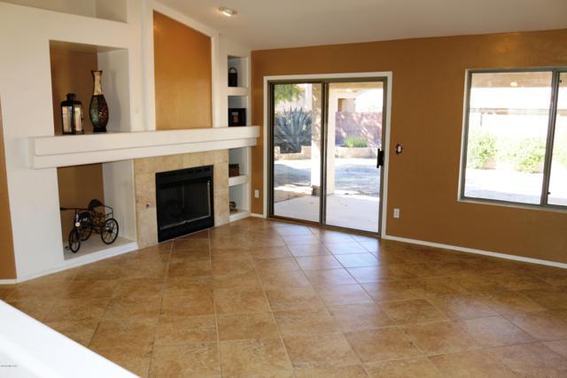 7302 W Silver Sand Drive, Tucson, AZ 85743 (#21829892) :: Long Realty Company