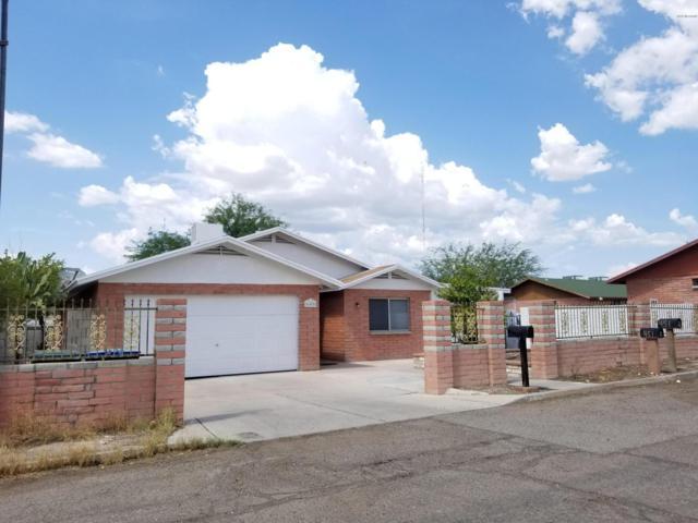 445 E Wilcox Lane, Tucson, AZ 85705 (#21830473) :: RJ Homes Team