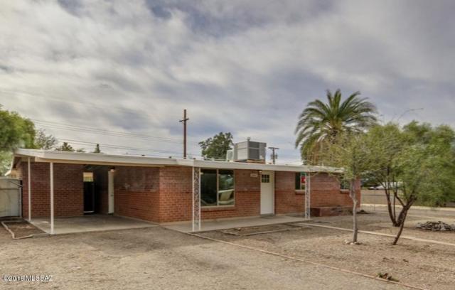 6802 E Scarlett Street, Tucson, AZ 85710 (#21830555) :: The Josh Berkley Team