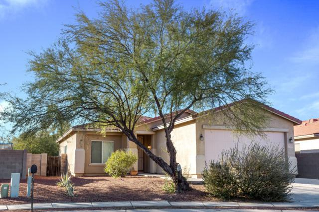 9422 E Grapevine Spring Place, Tucson, AZ 85710 (#21832363) :: The Josh Berkley Team