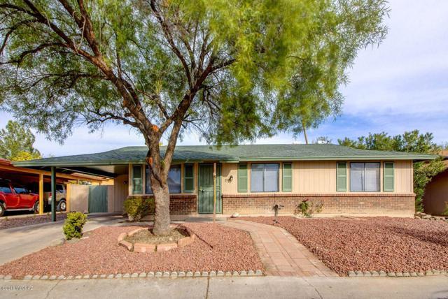 2510 W Vereda De Las Nubes, Tucson, AZ 85746 (#21832464) :: Long Realty - The Vallee Gold Team