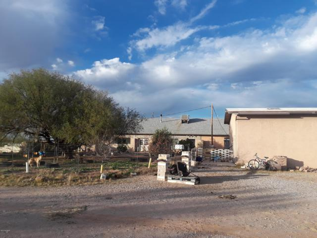7950 N Sanders Road, Tucson, AZ 85743 (#21832470) :: The KMS Team