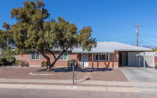 6719 E Lehigh Drive, Tucson, AZ 85710 (#21832673) :: The Josh Berkley Team