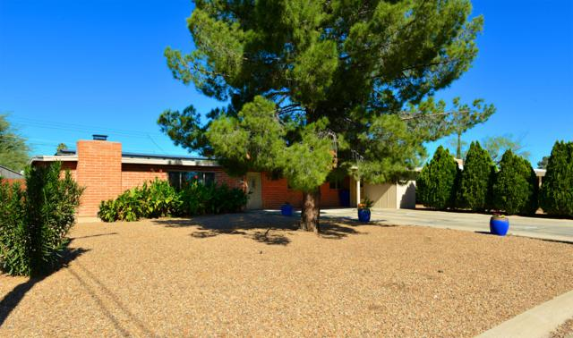 6957 E Calle Denebola, Tucson, AZ 85710 (MLS #21900369) :: The Property Partners at eXp Realty