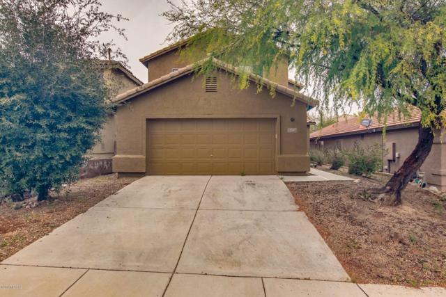 720 W Desert Blossom Drive, Green Valley, AZ 85614 (#21901088) :: The Josh Berkley Team