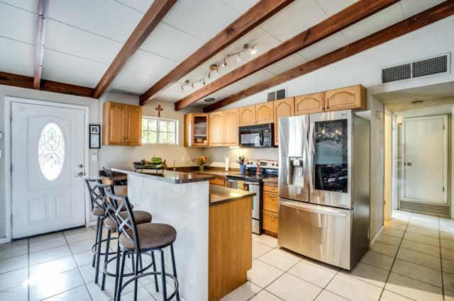 7101 E Paseo San Andres, Tucson, AZ 85710 (MLS #21901462) :: The Property Partners at eXp Realty