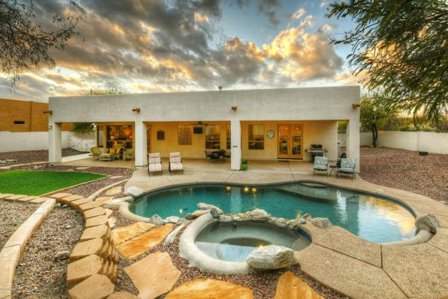 11556 N La Tanya, Oro Valley, AZ 85737 (#21901766) :: Long Realty - The Vallee Gold Team