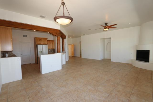 5641 W Lone Star Drive, Tucson, AZ 85713 (#21901872) :: Stratton Group