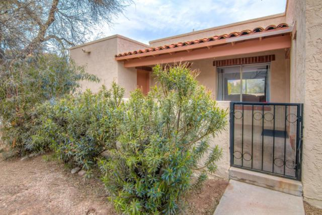 5745 N Camino Esplendora, Tucson, AZ 85718 (#21901976) :: The Josh Berkley Team