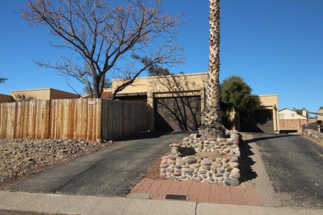 4340 N Pyracantha Drive, Tucson, AZ 85741 (#21902380) :: The KMS Team