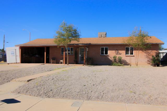 2203 N Flores Drive, Tucson, AZ 85705 (#21902578) :: The KMS Team