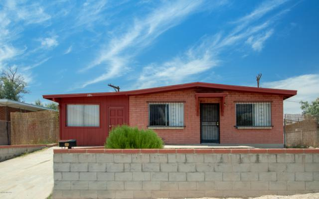 1039 N 9Th Avenue, Tucson, AZ 85705 (#21903622) :: The Josh Berkley Team